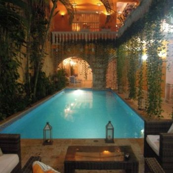 bachelor-party-tour-colombia-vacation-rentals-accommodation-cartagena-1020