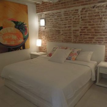 bachelor-party-tour-colombia-vacation-rentals-accommodation-cartagena-1021
