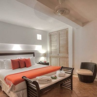 bachelor-party-tour-colombia-vacation-rentals-accommodation-cartagena-1036