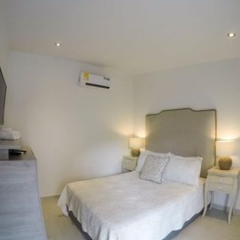 bachelor-party-tour-colombia-vacation-rentals-accommodation-cartagena-288