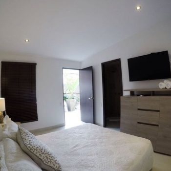 bachelor-party-tour-colombia-vacation-rentals-accommodation-cartagena-379