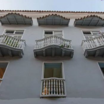 bachelor-party-tour-colombia-vacation-rentals-accommodation-cartagena-630