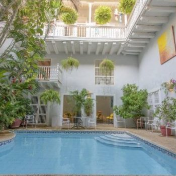 bachelor-party-tour-colombia-vacation-rentals-accommodation-cartagena-632