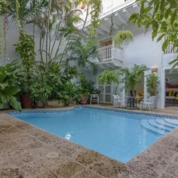 bachelor-party-tour-colombia-vacation-rentals-accommodation-cartagena-633