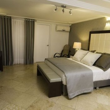 bachelor-party-tour-colombia-vacation-rentals-accommodation-cartagena-674