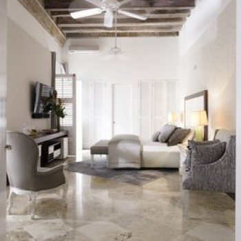 bachelor-party-tour-colombia-vacation-rentals-accommodation-cartagena-675