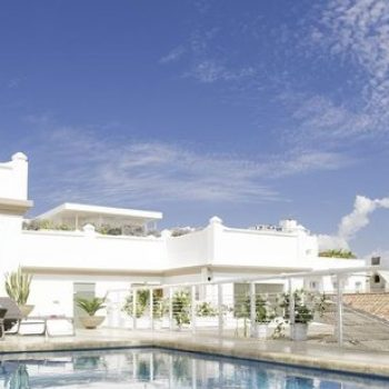 bachelor-party-tour-colombia-vacation-rentals-accommodation-cartagena-680