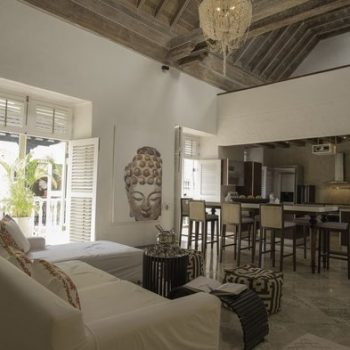 bachelor-party-tour-colombia-vacation-rentals-accommodation-cartagena-682