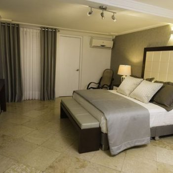 bachelor-party-tour-colombia-vacation-rentals-accommodation-cartagena-683