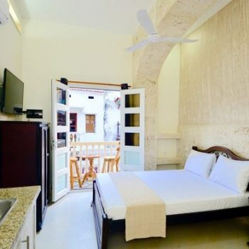 bachelor-party-tour-colombia-vacation-rentals-accommodation-cartagena-706