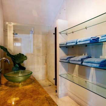 bachelor-party-tour-colombia-vacation-rentals-accommodation-cartagena-936