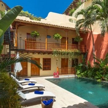 bachelor-party-tour-colombia-vacation-rentals-accommodation-cartagena-984