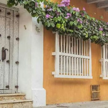 fantastic-old-city-party-house-cartagena-bachelor-parties-colombia-10