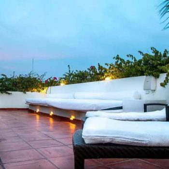 fantastic-old-city-party-house-cartagena-bachelor-parties-colombia-11